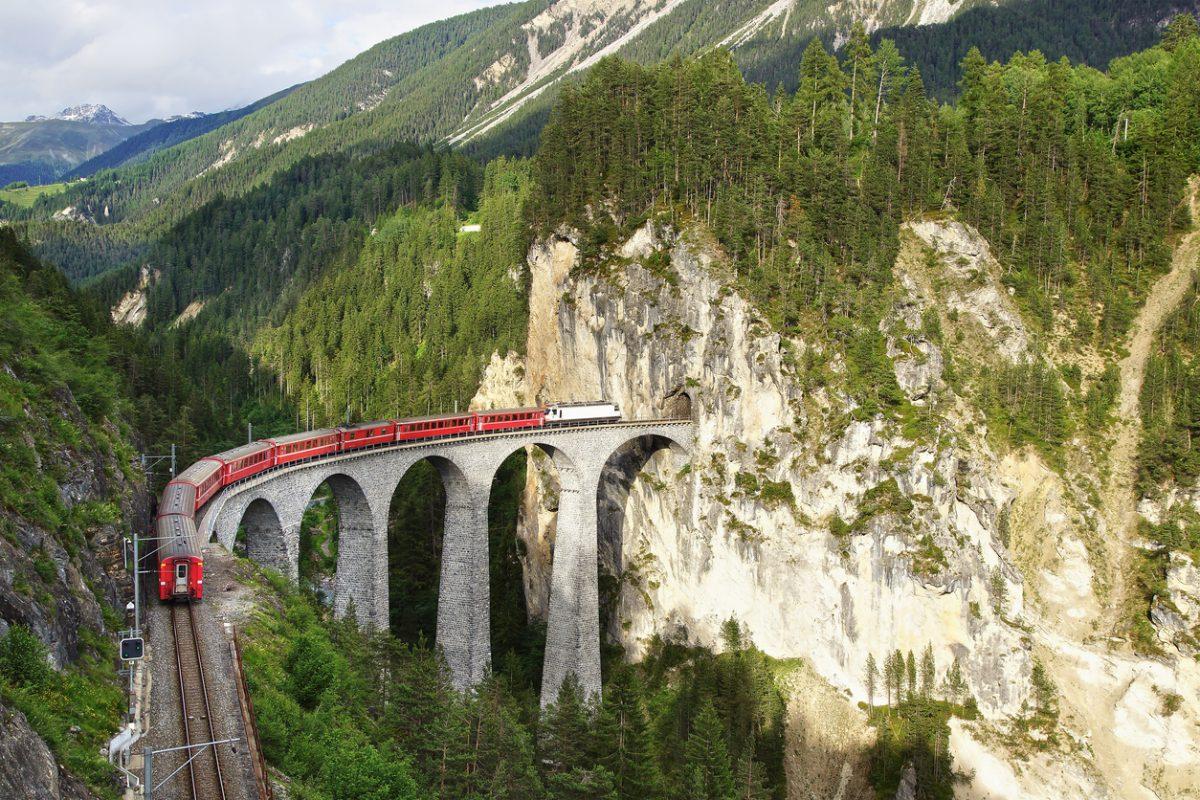 Een treinreis door Zwitserland