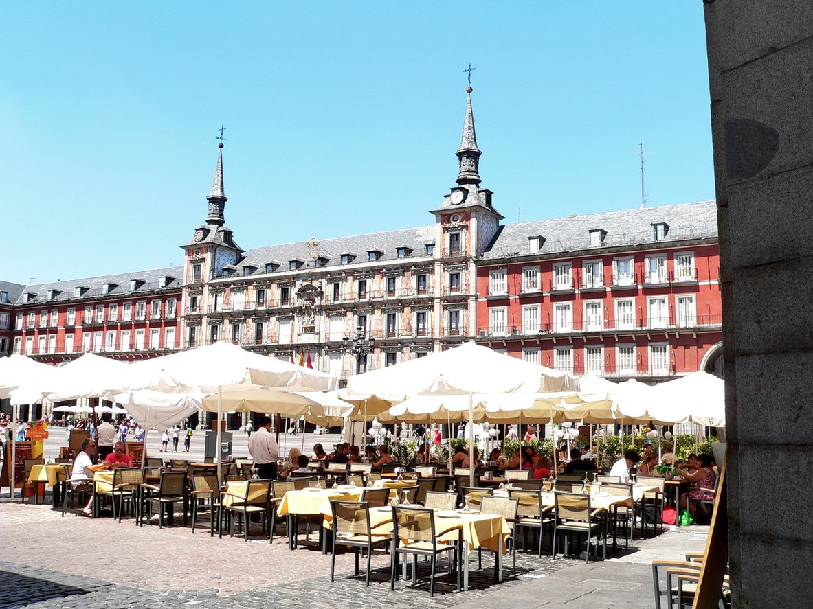plaza major madrid spanje