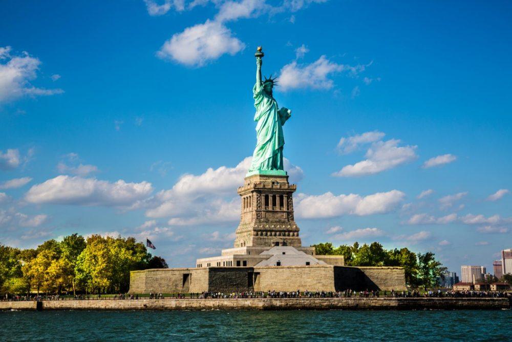 vrijheidsbeeld new york hotspots