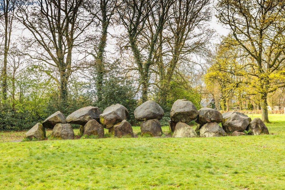 5 redenen om naar Drenthe op vakantie te gaan - hunebedden
