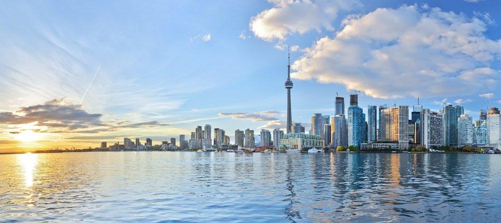 Toronto, Hoogbouw in Canada